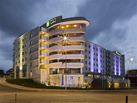 Deals On Holiday Inn Express Durban  Umhlanga In South