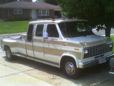 Sell Used 1988 E350 F350 Ford Dually Centurian Dreamer