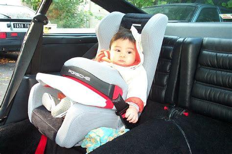 siege auto porsche club911 siège auto pour bébé dans une 911