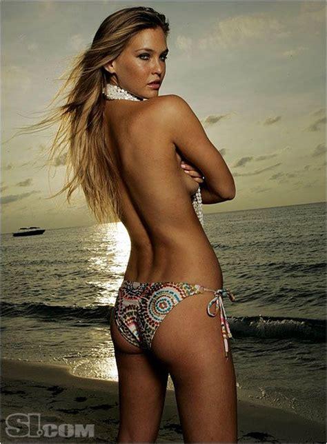 si鑒e bar bar refaeli si swimsuit collection 2007 sports illustrated si vault bar refaeli bar refaeli si swimsuit and bar