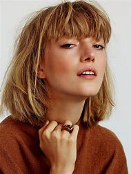 80s Short Hairstyles with Bangs