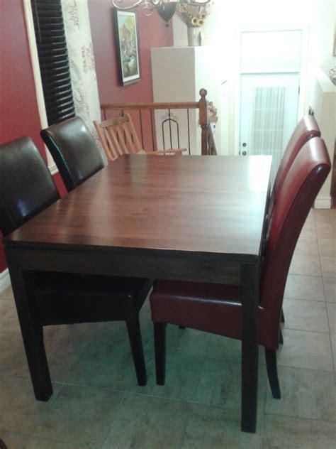 table avec chaises 138 table avec chaises integrees table ronde avec