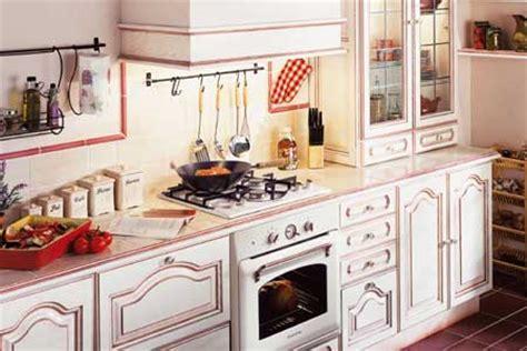 carrelage mural cuisine provencale les cuisines d 39 antan quot cassis quot de conforama