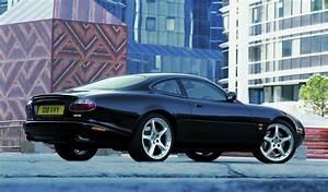 Jaguar Xk8 Cabriolet : jaguar xk8 coup review 1996 2005 parkers ~ Medecine-chirurgie-esthetiques.com Avis de Voitures