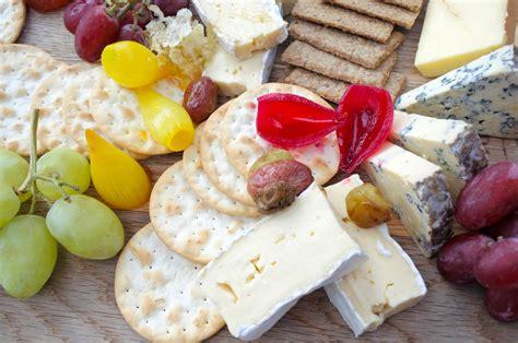 Kas jāzina par vienu no populārākajiem franču sieriem ...