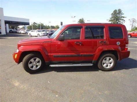 red jeep liberty 2012 find used 2012 jeep liberty sport in 926 east 4th ave red