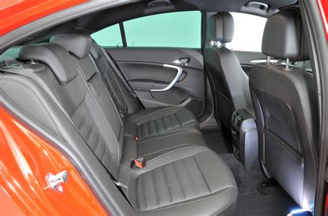 vauxhall insignia   review  autocar