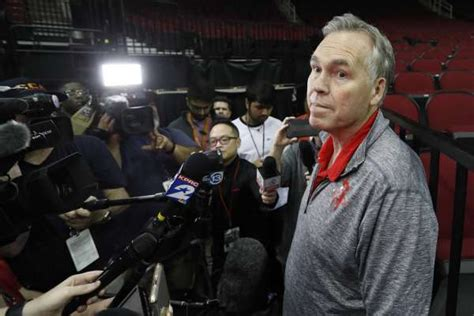 Rockets' GM clarifies extension offer to coach Mike D ...