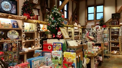 christmas shopping at the museum gift shope in richmond virginia gift shop at penshurst place kent attractions