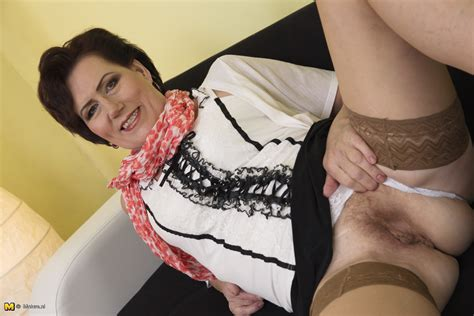 This Naughty Housewife Loves Masturbating Ideal Granny