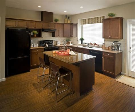 best way to clean wooden kitchen cabinets best way to clean kitchen cabinets cleaning wood cabinets 9754