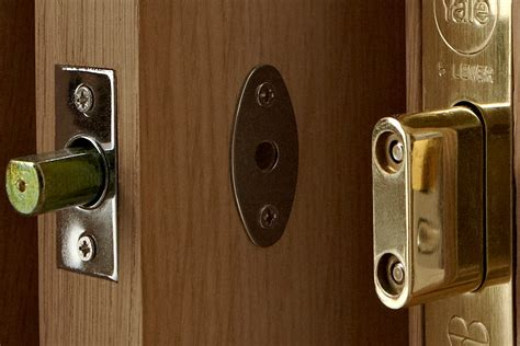 Front Door Locksets Repair By Your Own — The Wooden Houses