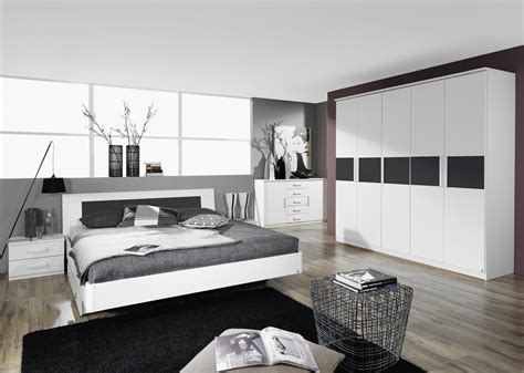 chambre adulte moderne design lit adulte design avec chevets coloris blanc carcassonne