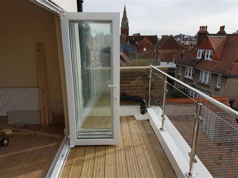 Mirror polished glass balustrades   Brighton Balustrade