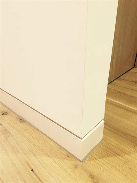 white shadow gap skirting detail floor trim interior