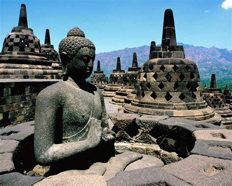 borobudur temple java indonesia vacation  tourism