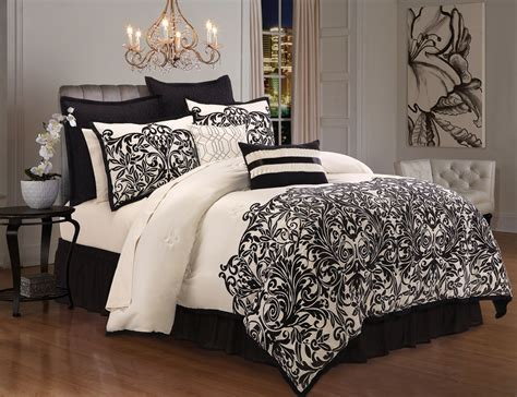 Sears Bed Sheets by These New Gorgeous Bedding Sets At Sears