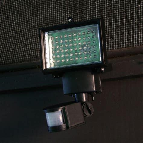 high quality adjustable 60 bright white led solar powered