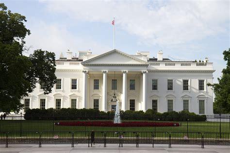 White House Interior by Melania Taps Interior Designer Tham Kannalikham To