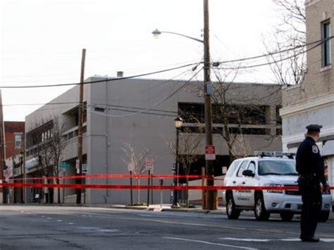 investigate bomb threat on port