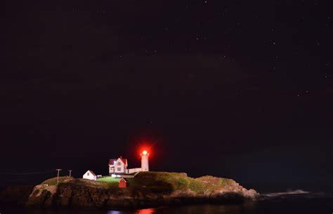 nubble lighthouse  night shutterbug