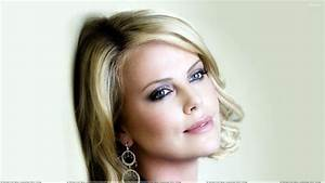 Charlize Theron Wallpapers, Photos & Images in HD
