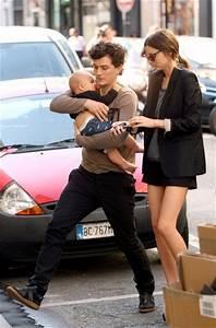Miranda Kerr and Flynn Bloom Photos Photos - Miranda Kerr ...