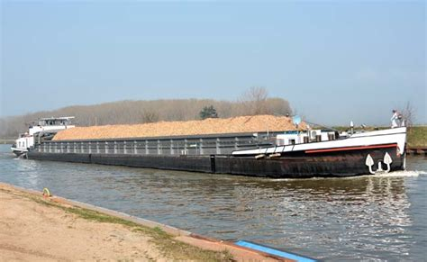 Boat Transport In India by India Bangladesh Step Ahead For Inland Water Transport