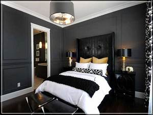 Magnificent Grey Bedroom Ideas for Romantic and Masculine ...