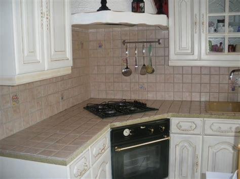 meuble cuisine repeint quelle peinture utiliser pour repeindre en clair des