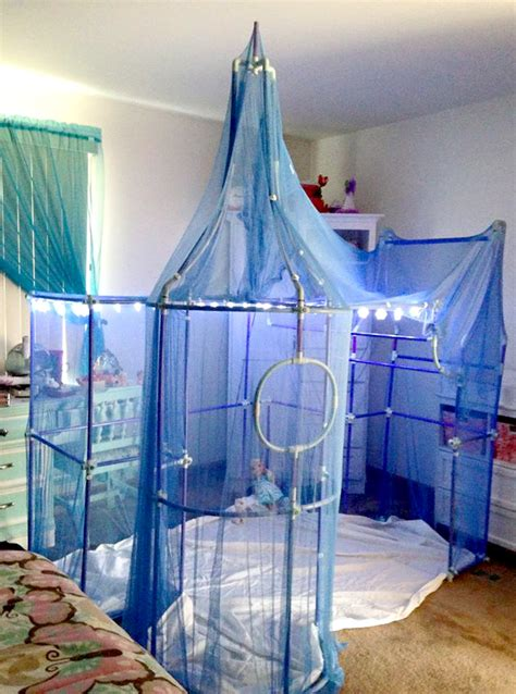 decorating with netting tulle netting and cheese cloth fort decorating ideas for kids