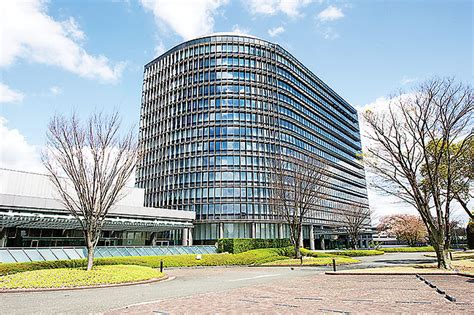 toyota corporate office japan toyota corporation headquarters gearheads org