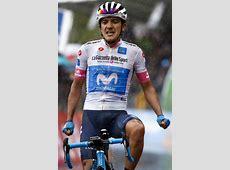 Richard Carapaz sigue en lucha en la general del Giro de