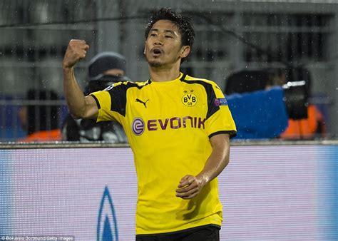 Borussia Dortmund 84 Legia Warsaw Marco Reus And Shinji
