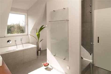 Wasserfeste Wandverkleidung Bad. Alternative F R Fliesen In Der Dusche Home Ideen. Wasserfeste