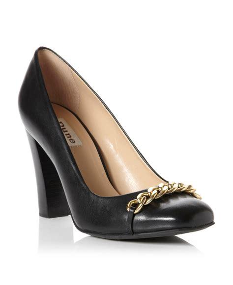 lyst dune agenda square toe block heel court shoes  black