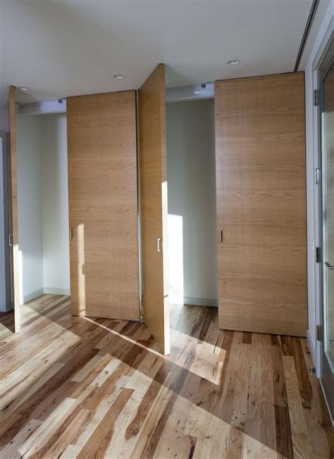 Pivot Hinges For Closet Doors by Pivot Closet Doors Hinges Barn Doors