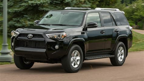 Towing And Hauling by Best 2014 Trucks And Suvs For Towing And Hauling