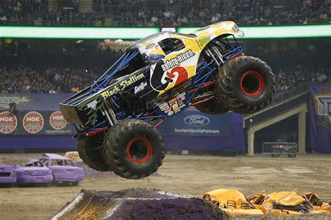 monster truck jam com trucks monster jam