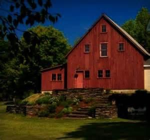Beautiful New England Barn