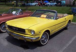 Ford Mustang Photo Gallery: 1965 Convertible | Shnack.com