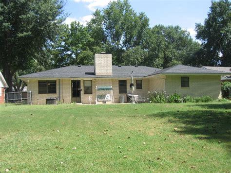Cream Brick House Remodelneed Help