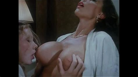 Italian Vintage Porn It Starts With Two Hot Lesbians And