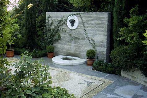 jardines  patios  fuentes decorativas cocinas modernass