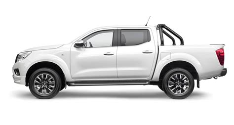 nissan  sport np navara   trail special editions