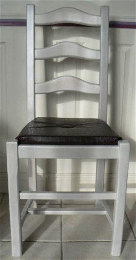 repeindre des chaises en bois et paille renovation chaise assise paille en assise quot coussin quot bien expliqu 233 deco