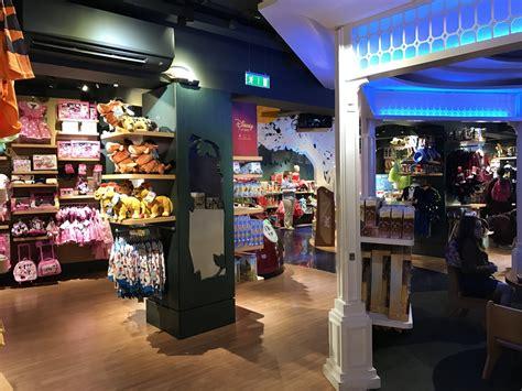 disney stores   world dublin