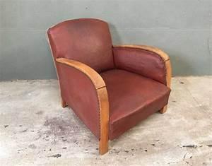 Fauteuil Club Pas Cher : ancien fauteuil style club en bois et simili cuir mobilier industriel et vintage ~ Teatrodelosmanantiales.com Idées de Décoration