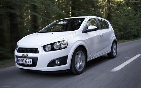 Chevrolet Aveo Hb5 2018 Widescreen Exotic Car Picture 13
