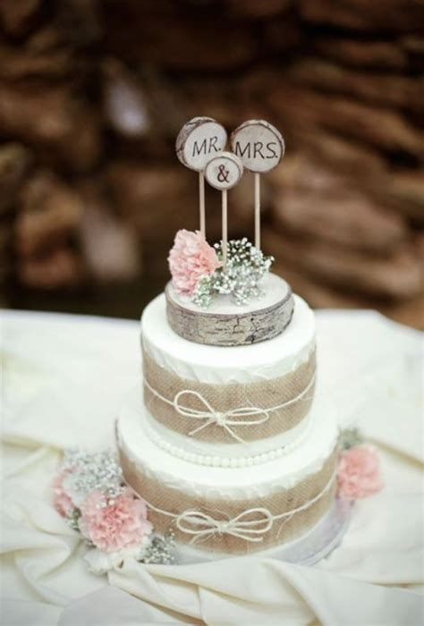 Picture Of Lovely Rustic Inspired Country Wedding Cakes 1